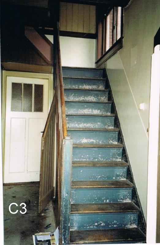 Huisbeschrijvingen historische stichting de cromme leeck - Geschilderde houten trap ...